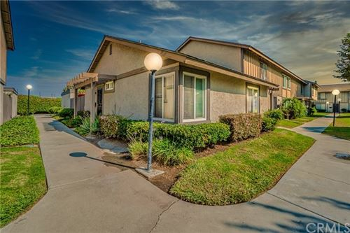 Photo of 2990 Bradford Place #F, Santa Ana, CA 92707 (MLS # EV20197932)