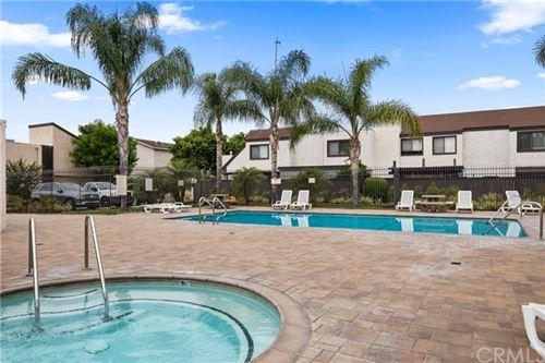 Tiny photo for 1677 S Heritage Circle #C, Anaheim, CA 92804 (MLS # OC20125932)