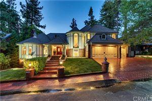 Photo of 28106 Point Hamiltair Lane, Lake Arrowhead, CA 92352 (MLS # EV19157933)