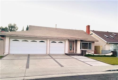 Photo of 20441 Kelvingrove Lane, Huntington Beach, CA 92646 (MLS # NP21225933)