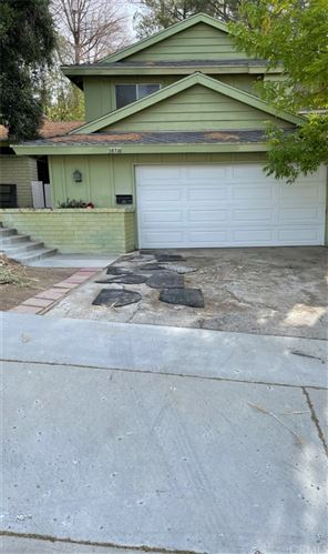 Photo of 28718 Macklin Avenue, Canyon Country, CA 91387 (MLS # PW21230933)