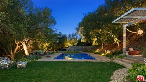 Photo of 2909 Mandeville Canyon Road, Los Angeles, CA 90049 (MLS # 21688934)