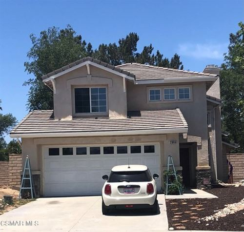 Photo of 2865 Briarpatch Drive, Simi Valley, CA 93065 (MLS # 221002934)