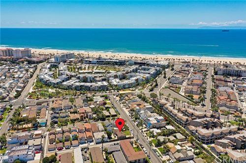 Photo of 210 Alabama Street, Huntington Beach, CA 92648 (MLS # OC21082934)