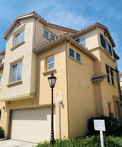 Photo of 15645 Odyssey Drive #69, Granada Hills, CA 91344 (MLS # V1-4936)