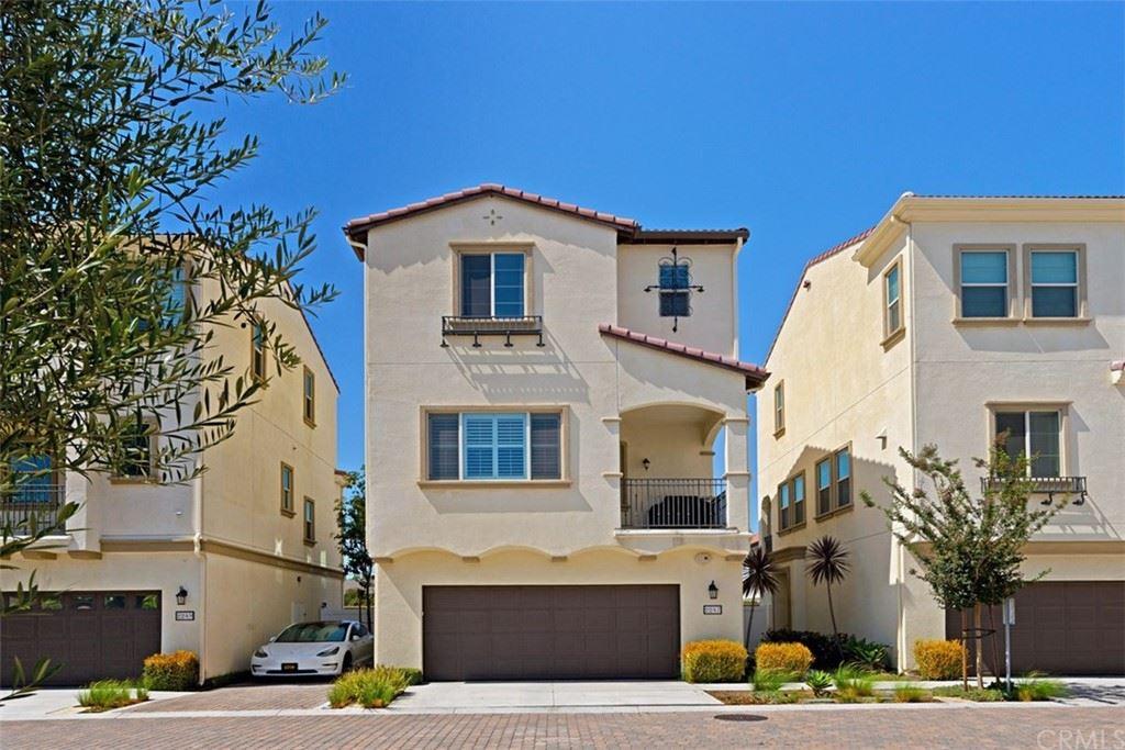 2247 W Anacasa Way, Anaheim, CA 92804 - MLS#: OC21152936