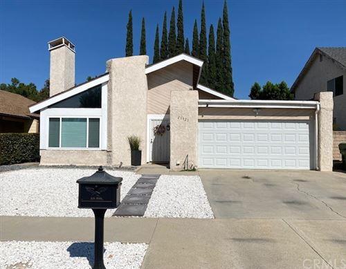 Photo of 21921 Vintage Street, Chatsworth, CA 91311 (MLS # OC21220937)