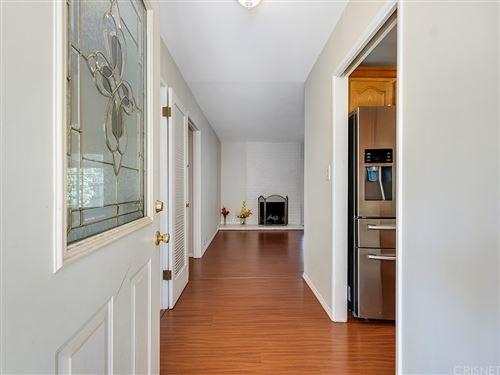 Photo of 11605 Woodley Avenue, Granada Hills, CA 91344 (MLS # SR21164937)