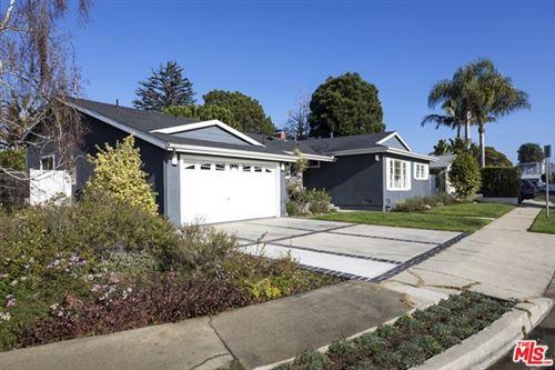 Photo of 11933 Mccune Avenue, Los Angeles, CA 90066 (MLS # 21677938)
