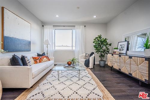 Photo of 533 S St Andrews Place #320, Los Angeles, CA 90020 (MLS # 21680938)