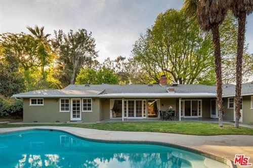 Photo of 3674 Royal Woods Drive, Sherman Oaks, CA 91403 (MLS # 21712938)
