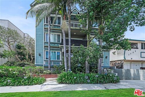Photo of 1138 12Th Street #11, Santa Monica, CA 90403 (MLS # 21768938)