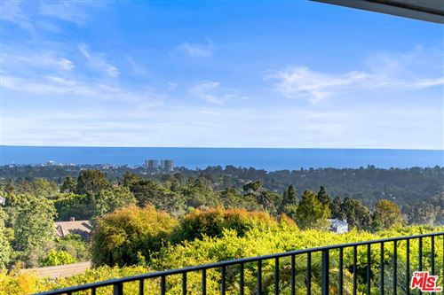 Photo of 1658 San Onofre Drive, Pacific Palisades, CA 90272 (MLS # 21784938)