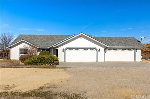 Photo of 6175 Champagne Lane, Paso Robles, CA 93446 (MLS # NS21010938)