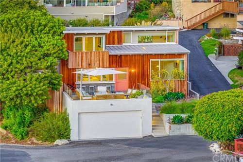 Photo of 135 Seawall Road, Rancho Palos Verdes, CA 90275 (MLS # PV19225938)