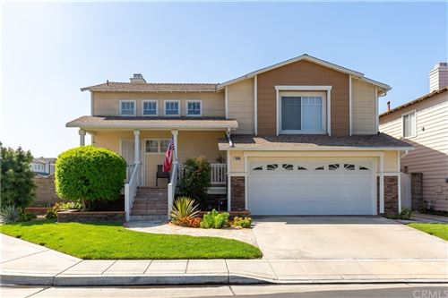 Photo of 1040 E Oak Street, Anaheim, CA 92805 (MLS # PW20160938)