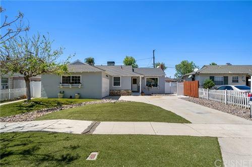 Photo of 9359 Monogram Avenue, North Hills, CA 91343 (MLS # SR21076938)