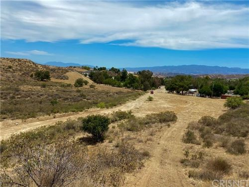 Photo of 123 Gilmour Rd., Castaic, CA 91384 (MLS # SR21110938)