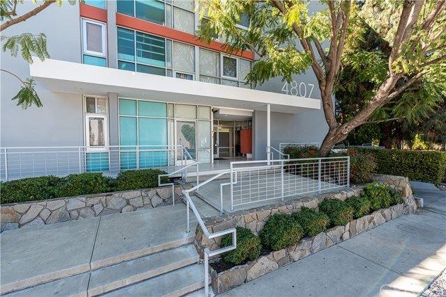 Photo of 4807 Woodley Avenue #206, Encino, CA 91436 (MLS # SR21036938)