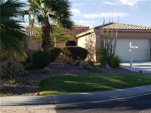 Photo of 736 Summit Drive, Palm Springs, CA 92262 (MLS # CV21193939)