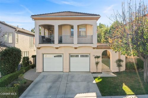 Photo of 124 Park Hill Road, Simi Valley, CA 93065 (MLS # 221000940)