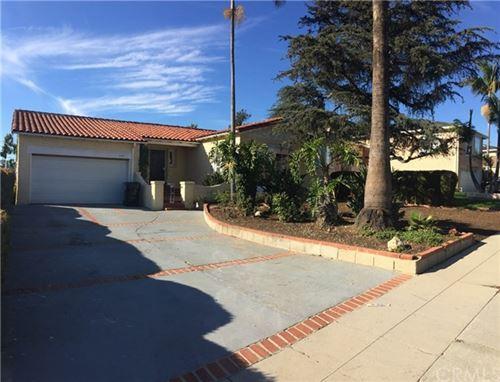Photo of 5447 Valley Ridge Avenue, Los Angeles, CA 90043 (MLS # OC21074940)
