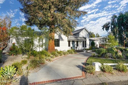 Photo of 11121 Valley Spring Lane, Studio City, CA 91602 (MLS # P1-2940)