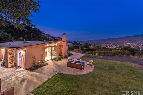 Photo of 1040 LOMA Lane, Simi Valley, CA 93063 (MLS # SR20216940)