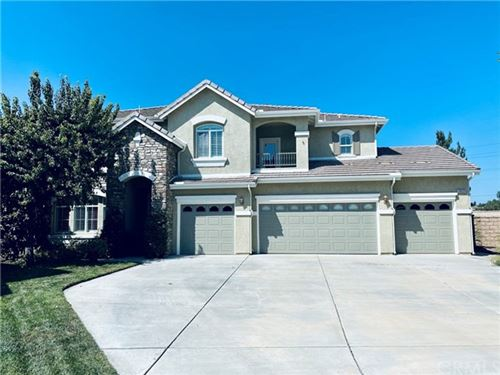 Photo of 33533 Pebble Brook Circle, Temecula, CA 92592 (MLS # SW20200940)