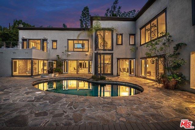 Photo of 9505 HIDDEN VALLEY Road, Beverly Hills, CA 90210 (MLS # 20647940)