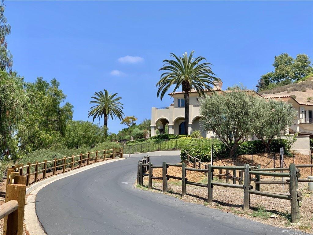 Photo for 30732 Golf Club Drive, San Juan Capistrano, CA 92675 (MLS # OC21106940)
