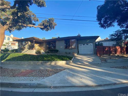 Photo of 600 S Gertruda Avenue, Redondo Beach, CA 90277 (MLS # CV21228941)