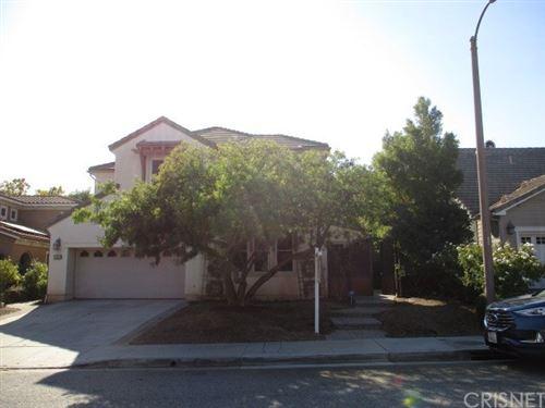 Photo of 26829 Pine Hollow Court, Valencia, CA 91381 (MLS # SR20214941)