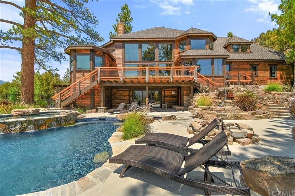 702 State Hwy 2, Wrightwood, CA 92397 - MLS#: IV21187941