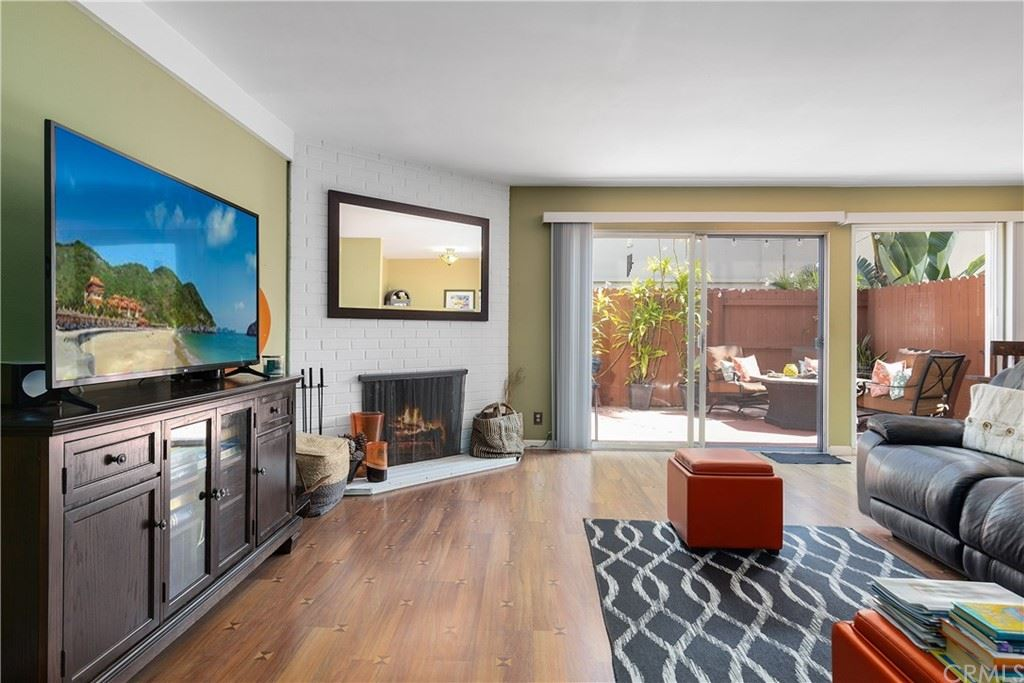 1741 Tustin Avenue #8C, Costa Mesa, CA 92627 - MLS#: OC21196941