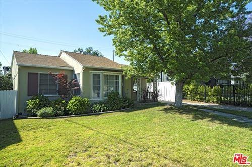 Photo of 16740 OTSEGO Street, Encino, CA 91436 (MLS # 20581942)