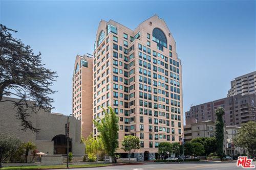 Photo of 10520 Wilshire Boulevard #1402, Los Angeles, CA 90024 (MLS # 21759942)
