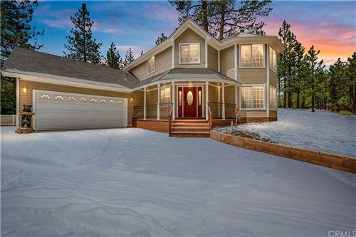 Photo of 41765 Mockingbird Drive, Big Bear, CA 92315 (MLS # CV21136942)