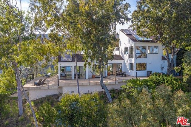 Photo of 2501 RAMBLA PACIFICO, Malibu, CA 90265 (MLS # 20569942)