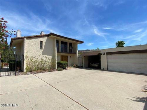 Photo of 4508 Knightsgate Road, Westlake Village, CA 91361 (MLS # 221002943)