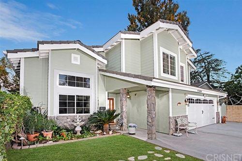 Photo of 17450 Tulsa Street, Granada Hills, CA 91344 (MLS # SR20257943)