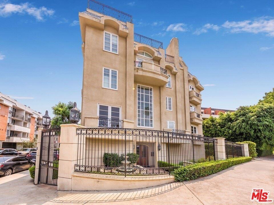 11740 W Sunset Boulevard #PH31, Los Angeles, CA 90049 - MLS#: 21773944