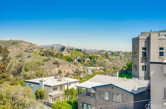 6837 Cahuenga Park, Los Angeles, CA 90068 - #: OC21066945