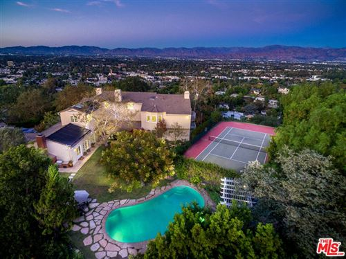 Photo of 3610 Dixie Canyon Avenue, Sherman Oaks, CA 91423 (MLS # 21751946)
