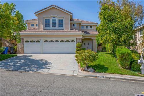 Photo of 27345 Linden Lane, Valencia, CA 91354 (MLS # 320007946)