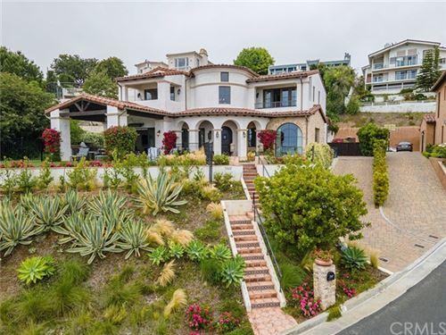 Photo of 7322 Lunada Vista, Rancho Palos Verdes, CA 90275 (MLS # OC21133946)