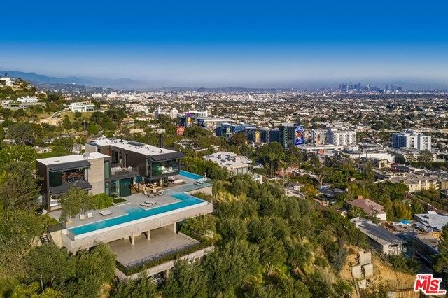 Photo of 1301 Collingwood Place, Los Angeles, CA 90069 (MLS # 21702946)