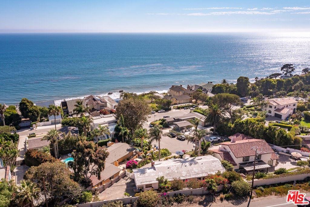Photo of 4900 Bunnie Lane, Malibu, CA 90265 (MLS # 21782946)