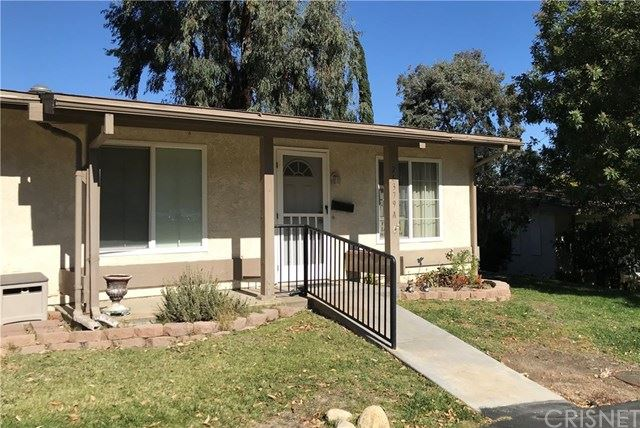 Photo for 26379 Oak Highland Drive #A, Newhall, CA 91321 (MLS # SR19259946)
