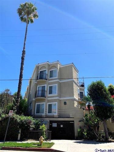 Photo of 18644 Clark Street #9, Tarzana, CA 91356 (MLS # 320003947)